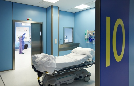 porta-aberta-centro-cirurgico