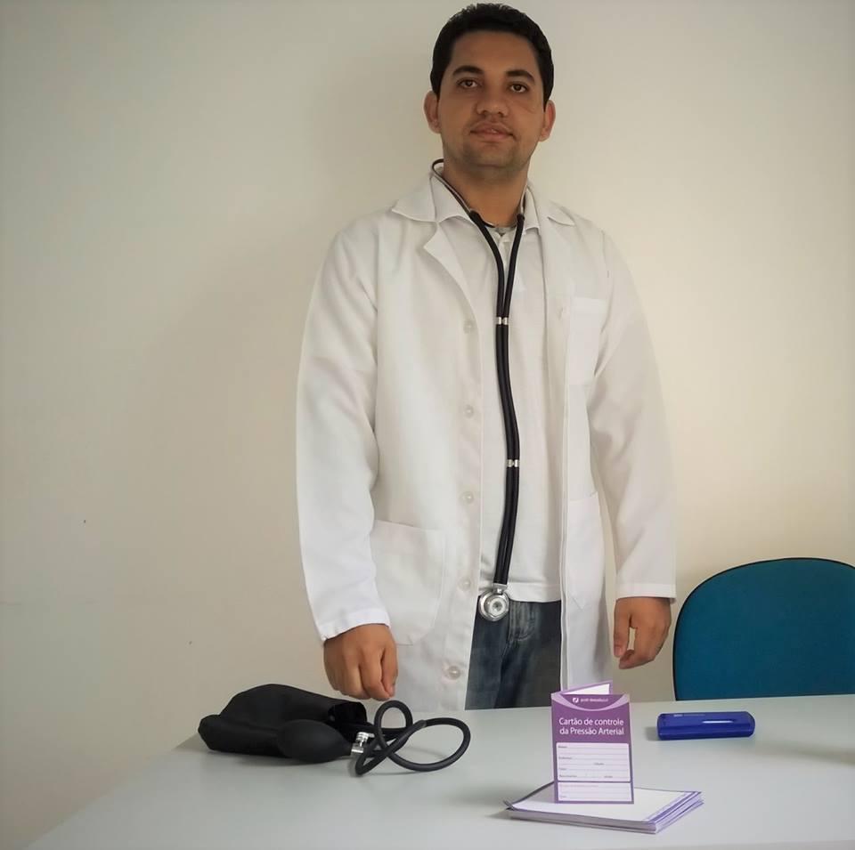 leandro-sapucaia-farmaceuticas-farmacia-clinica