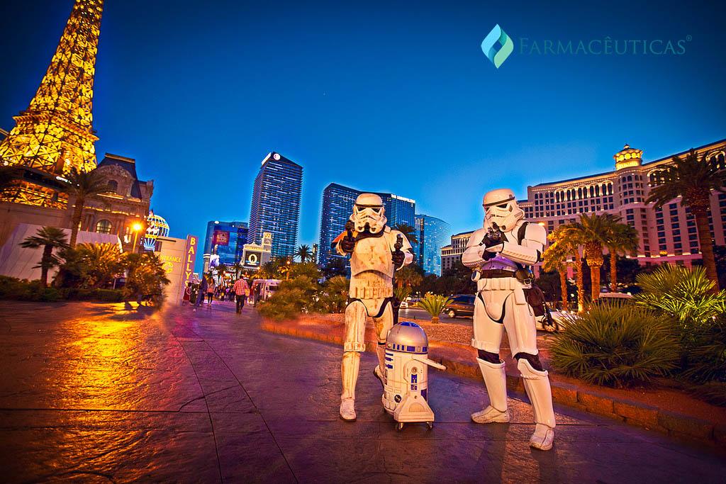 stormtrooper-las-vegas-r2d2